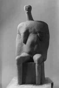 Alte Königin Terracotta H: 100 cm • 1995
